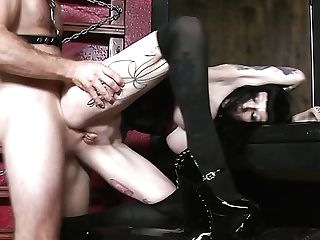 Freyja Van Siren Is A Wickedly Hot Mistress And She Loves To Fuck Her Victims