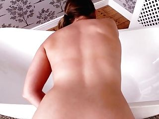 Salacious Chick Sophia Delane Gives Best Ever Point Of View Oral Job