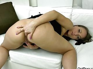 Angel Karyna In Experienced Housewife - Anilos