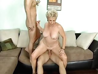 Mrs. Jewell & Jeremey Holmes & Kris Slater In My Friend's Hot Mom