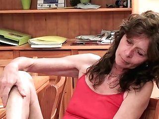 Saggy Granny Finger Fucks Her Hairy Cooch