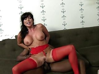 Black Pervert Demolished Puss Of Gorgeous Huge-chested Cougar Tara Holiday