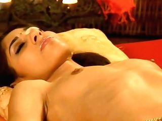 Gorgeous Gash Tonguing In India