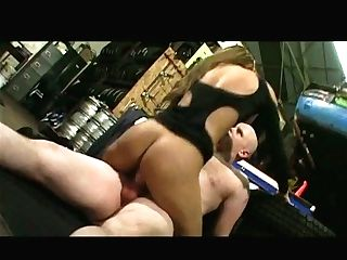 Dick Greedy Indian Chick Does Her Best While Providing A Dt To A Bald Headed Dude
