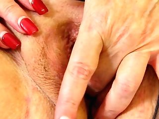 Uk Gilf Alisha Rydes Gets Herself In The Mood With A Hookup Plaything