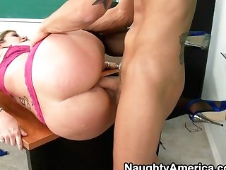 Fatty Lecturer Pleases Her Bad Student
