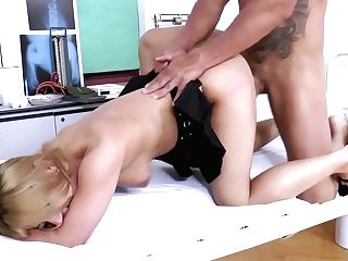 Delicious Chick With Nasty Puss Nikki Thorne Gets Banged