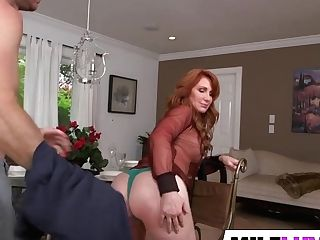 Horny Ginger-haired Mummy Freya Fantasia