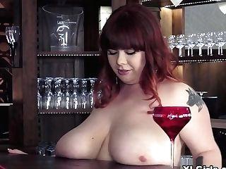 Drinks On The Rox - Roxanne Miller - Xlgirls