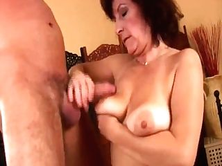 Facial Cumshot On Big-boobed Hairy Mom